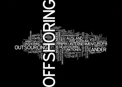 What-is-the-Difference-Between-Offshoring-and-Outsourcing