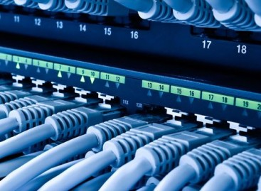 Specific of Client-Server Networks